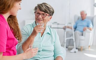 Elder Care in Denton: Keep Mom Hydrated this Summer!